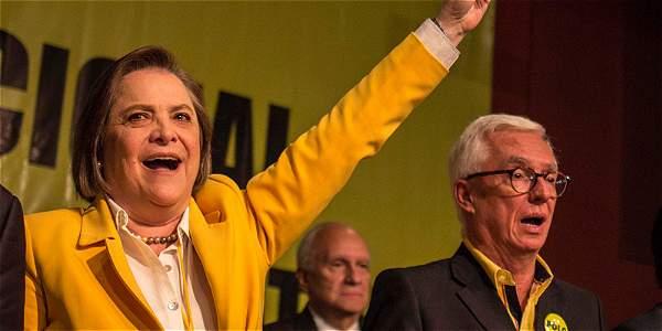 Clara lopez ratificada en presidencia del polo