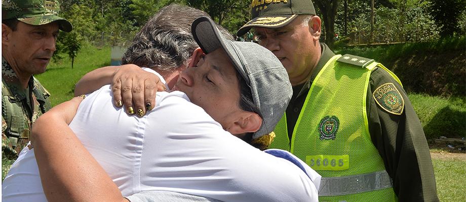 Santos expresa solidaridad al pueblo de salgar