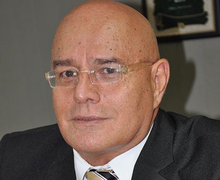 Luis Alberto Henao Betancourt secretario de educacion de risaralda