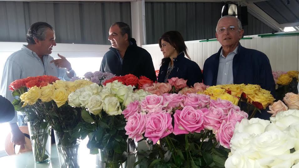 valentin con flores colombianas