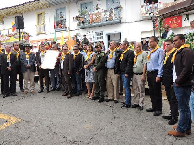 Alcaldes del PCC en Neira