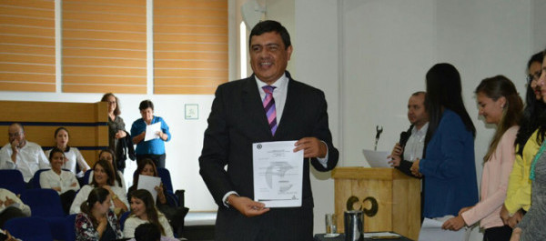 Asdrubal mendinueta recibe reconocimiento de marca