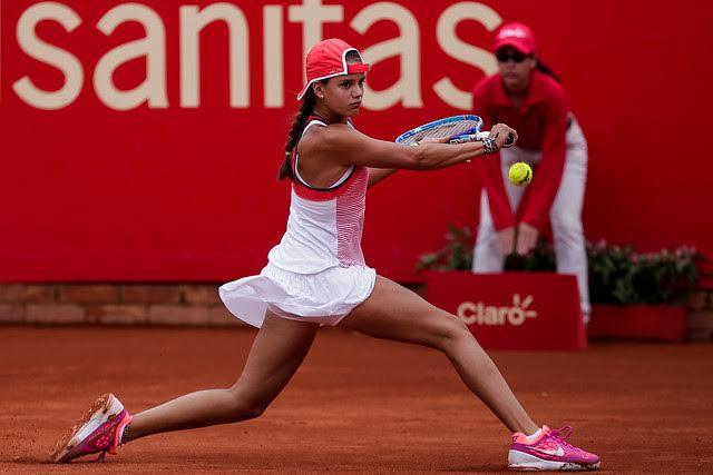 Emiliana Arango cayó en su debut profesional