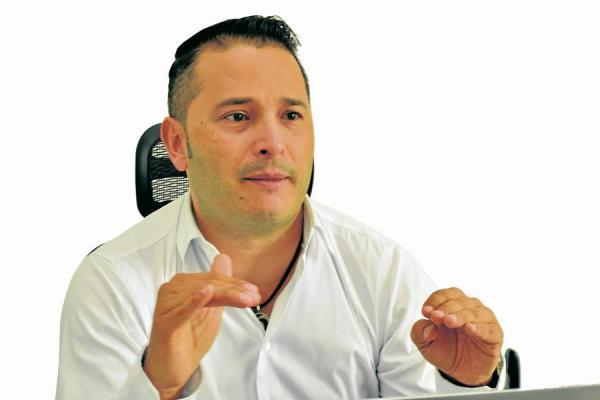 Mauricio Restrepo Londoño, secretario de Infraestructura de Pereira la tarde