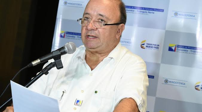 Luis Carlos Villegas reducida