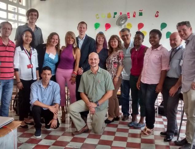 Culmina visita de profesores extranjeros a colegios for Profesores en el extranjero