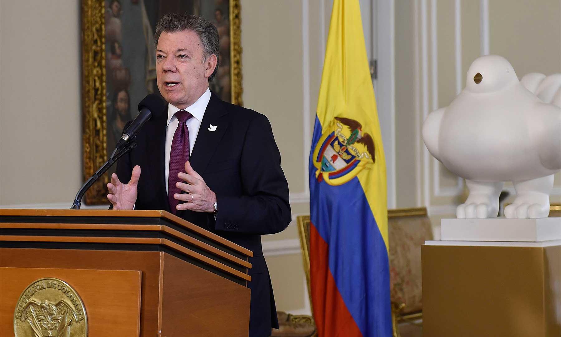 El Presidente Santos resaltó las trascendentales funciones del Consejo de Estado, tras posesionar en la Casa de Nariño a los nuevos magistrados: Stella Jeannette Carvajal y Rafael Francisco Suárez.