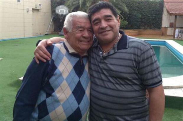 Diego Maradona y su padre