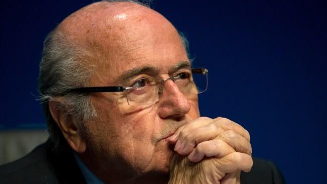 Jose Blatter cayo de la fifa