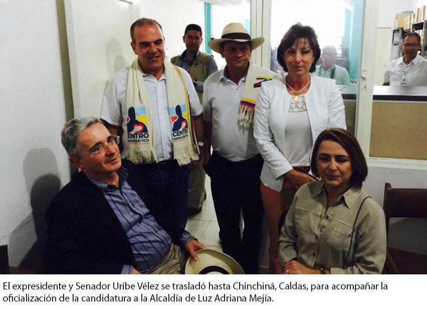 Alvaro Uribe y Adriana Gutierrez en chinchina con la candidata Luz Adriana Mejia