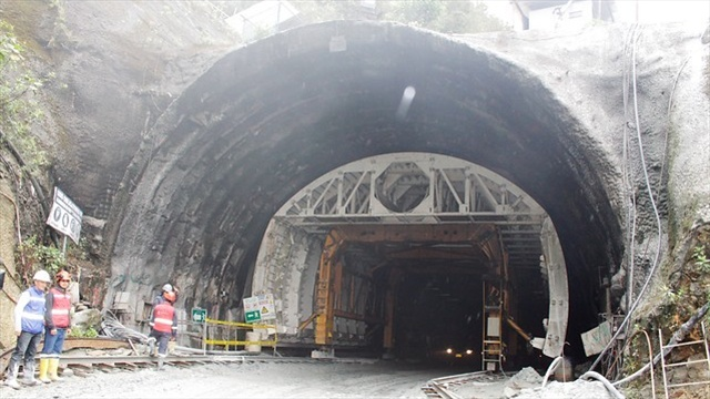 tunel de la linea sep 13 de 015