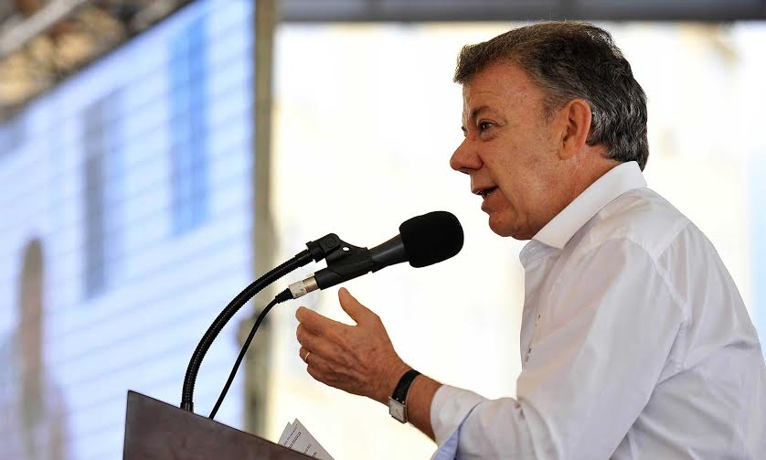Durante la entrega de centenares de viviendas en Pereira, el Jefe de Estado hizo énfasis en la necesidad de que los colombianos cambien el odio por el perdón y puso de presente que la construcción de casas para los más vulnerables también es construir paz