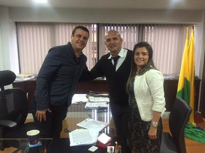 Marcelo Mejía Giraldo; el Alcalde de La Dorada, Diego Pineda Álvarez, y la Subgerente de Proyectos Sociales y Empresariales, Mónica Constanza Piedrahíta Merchán
