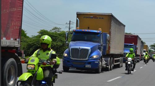 camiones custodiados