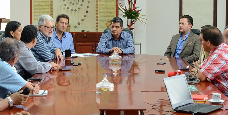Armenia Proyectos CarPaz y placas huella en el Quindío