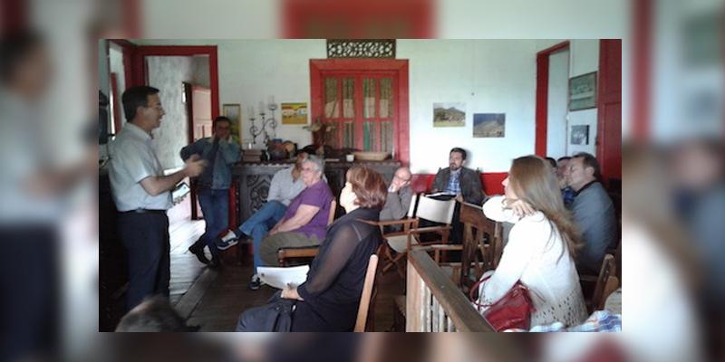 Armenia habitanres y empresarios de cocora