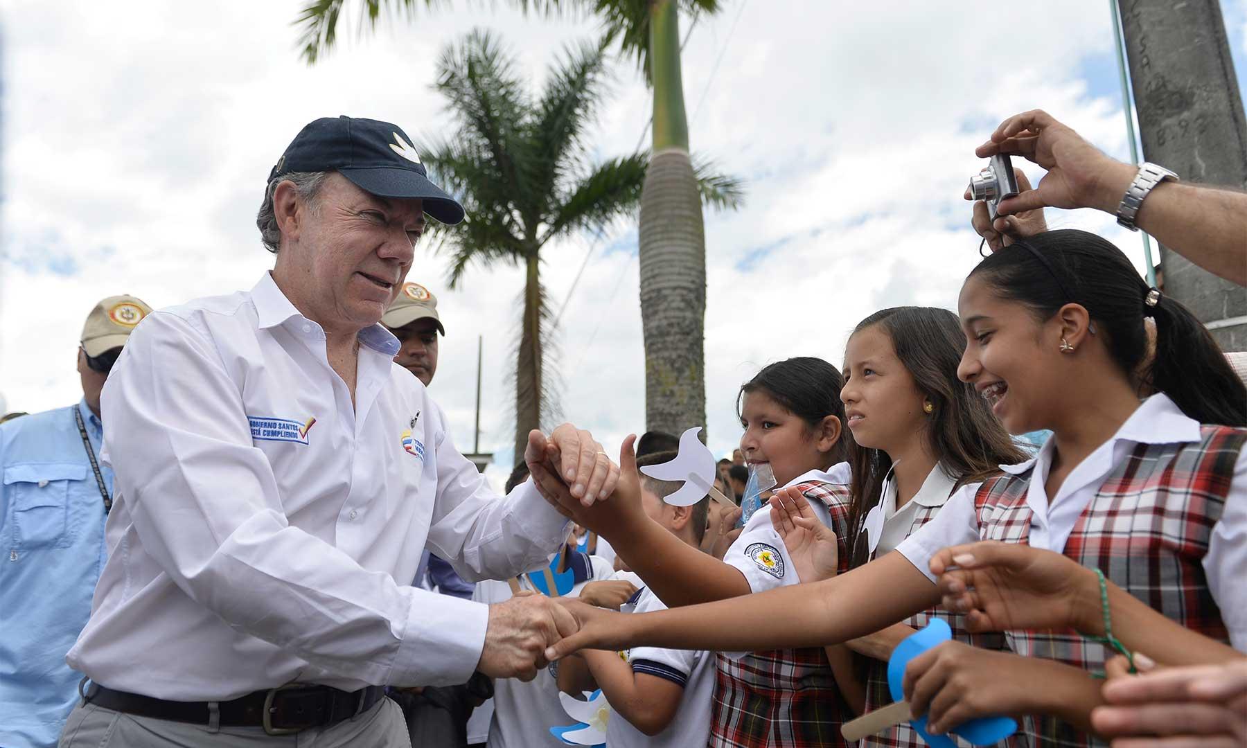 En Santa Rosa de Cabal el Jefe del Estado reiteró la importancia de implantar la jornada única en todos los colegios públicos del país, como una forma para mejorar la calidad en la educación.