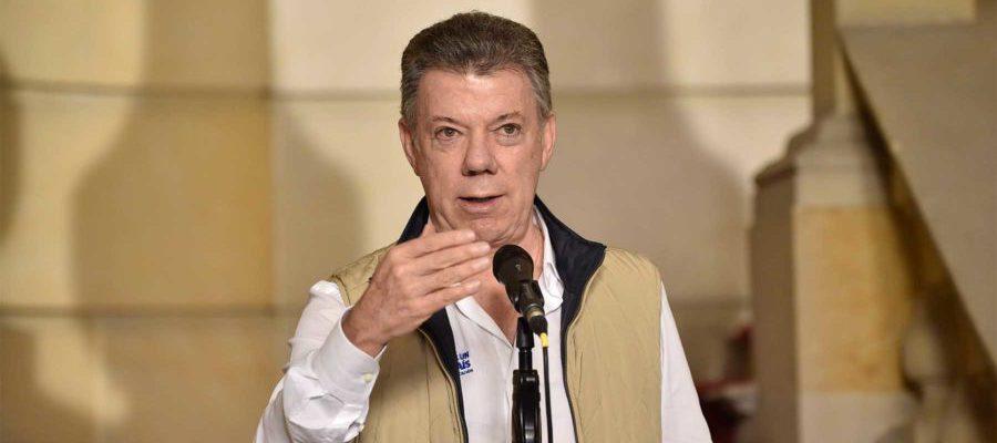 """El Presidente Juan Manuel Santos declaró este lunes que la cifra de inflación de -0.32 por ciento en agosto, revelada por el Dane, es una gran noticia. """"Quiere decir que le quebramos el espinazo a la inflación"""", dijo."""
