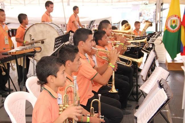 bandas-musicales-estudiantiles-de-caldas
