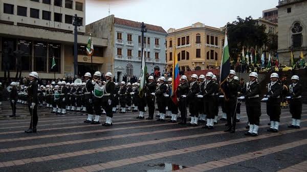 policia-nacional-125-anos-plaza-de-bolivar