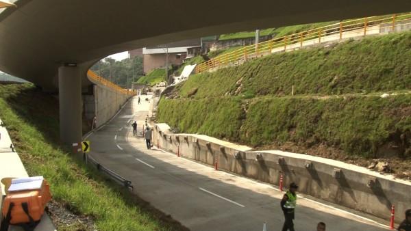 tunel-de-la-avenida-marcelino-palacio