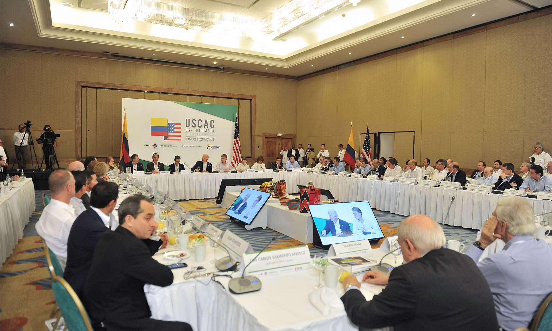 El Consejo Consultivo Colombia-Estados Unidos, instalado por el Vicepresidente Joe Biden y el Presidente Juan Manuel Santos, inició sesiones como un espacio de cooperación económica y de apoyo a las empresas de ambos países.