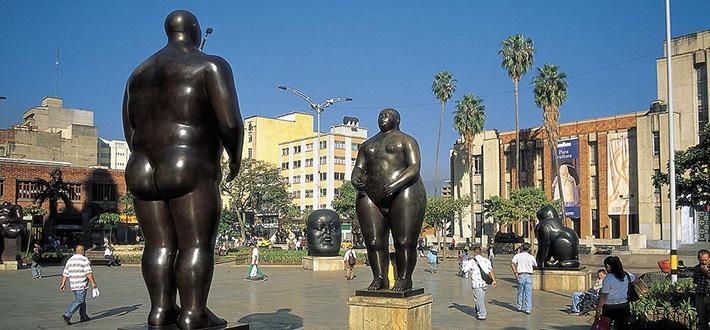 Resultado de imagen para Parque y Plaza Botero:   medellin