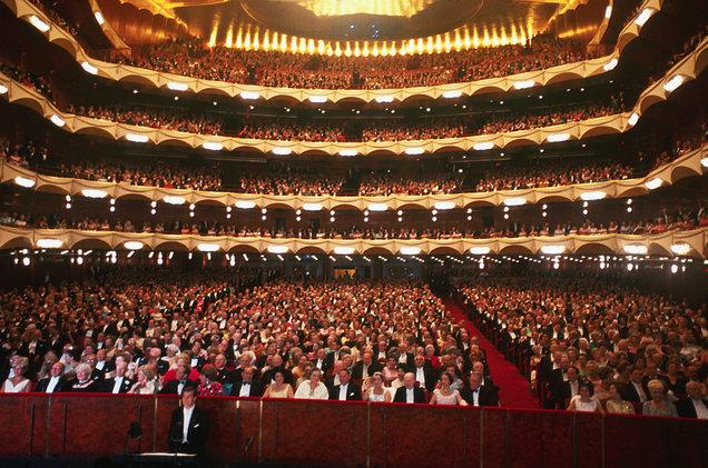 Image Result For El Met Opera