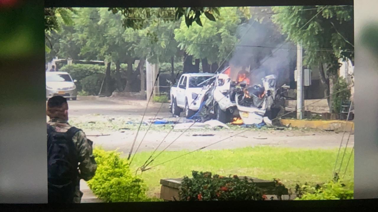 Un carro bomba explota dentro de Brigada 30 del Ejército colombiano en Cúcuta - Eje21